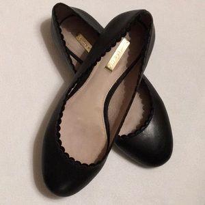 Louise et Cie Black Leather Scalloped Flats sz 7